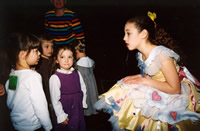 Alexandra Ballet dancers have always time for inquisitive  youngsters!
